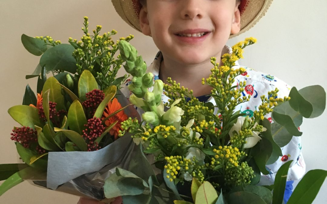 Kids and Flowers – 2 of my favourite things!